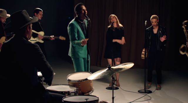 "Video // Leon Bridges – ""Smooth Sailin'"""